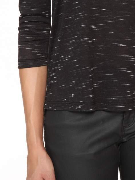 Czarna melanżowa bluzka o obniżonej linii ramion                                  zdj.                                  8