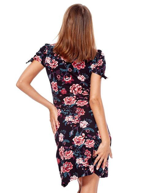 Czarna mini sukienka V-neck z nadrukiem kwiatów                              zdj.                              2