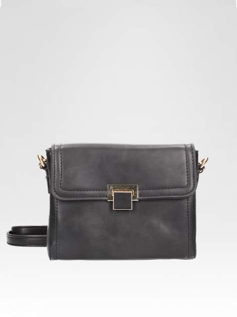 Czarna mini torebka listonoszka z klapką                                  zdj.                                  1