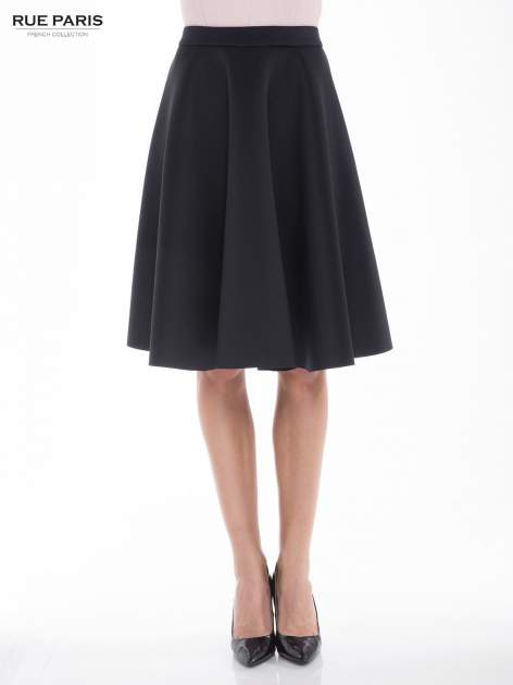 Czarna neoprenowa spódnica midi szyta z koła                                  zdj.                                  1