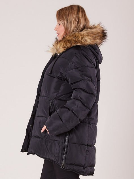 ffefcc9b9414 Czarna pikowana kurtka damska z futerkiem PLUS SIZE - Kurtka zimowa ...