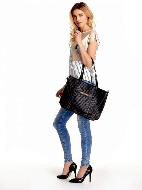 Czarna pleciona torba shopper bag ze złotym detalem                                  zdj.                                  6