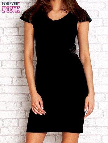 Czarna prosta sukienka ze skórzanymi rękawami                                  zdj.                                  1