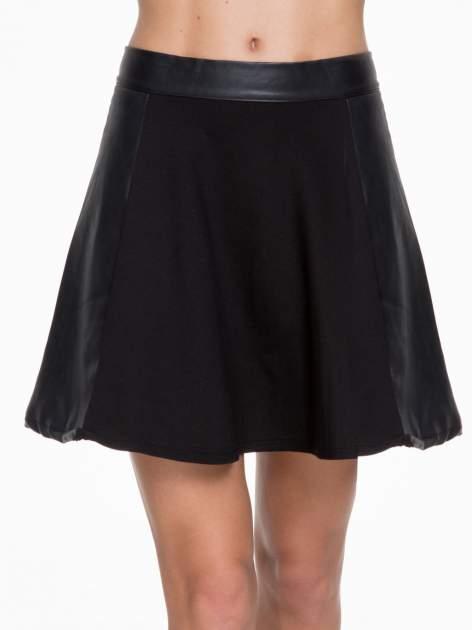 Czarna skórzana mini spódniczka                                  zdj.                                  5