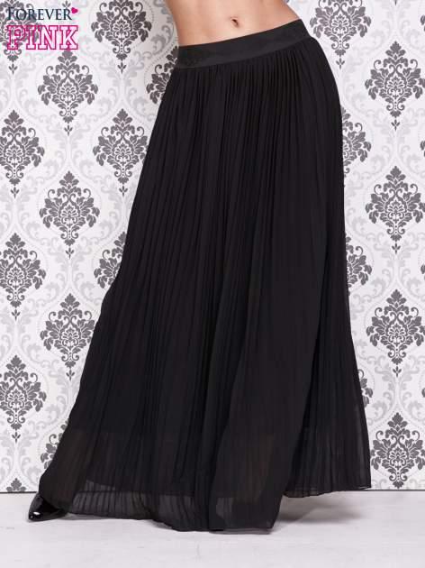 Czarna spódnica maxi z ornamentowym paskiem
