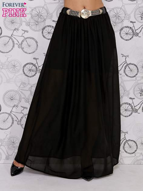 Czarna spódnica maxi ze złotym zapinannym paskiem