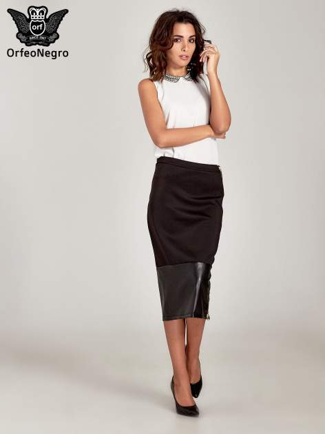 Czarna spódnica midi z siatkowym modułem