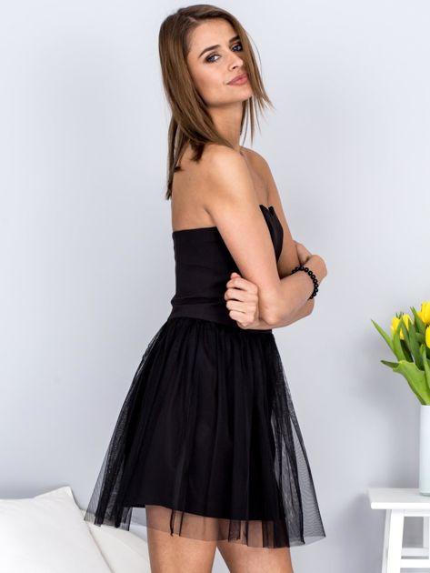 Czarna sukienka bez ramiączek z tiulem                              zdj.                              5