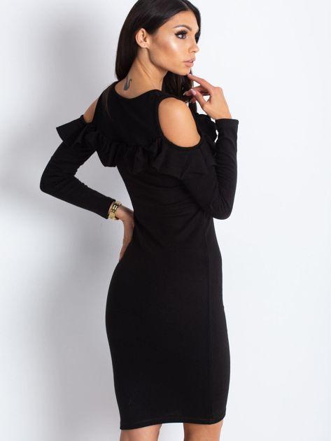 Czarna sukienka cut out z falbaną                              zdj.                              2