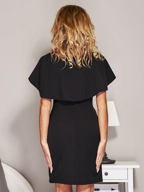 Czarna sukienka koktajlowa z narzutką                              zdj.                              2