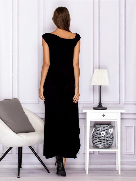 Czarna sukienka maxi z dłuższym tyłem                              zdj.                              2