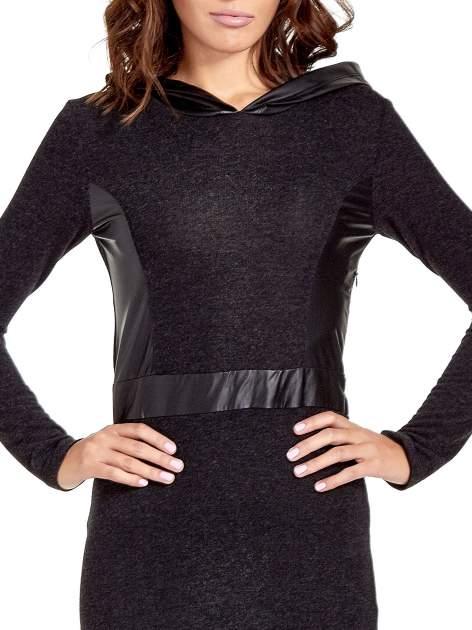 Czarna sukienka maxi z kapturem                                  zdj.                                  6
