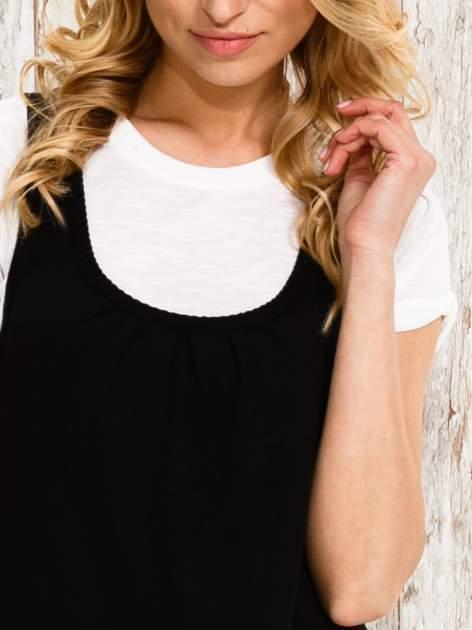 Czarna sukienka na szerokich ramiączkach                                  zdj.                                  5