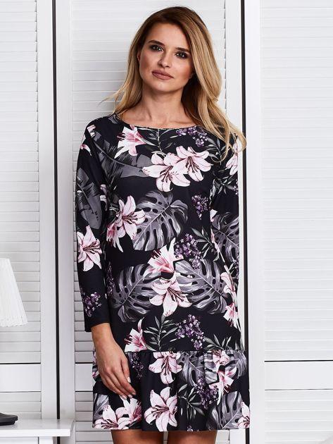 Czarna sukienka w kolorowe kwiaty                              zdj.                              1