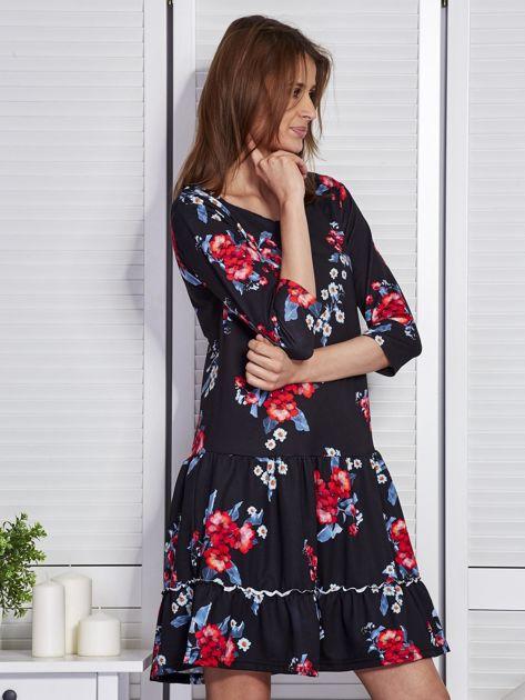 Czarna sukienka w kwiaty z wycięciem na plecach                              zdj.                              5