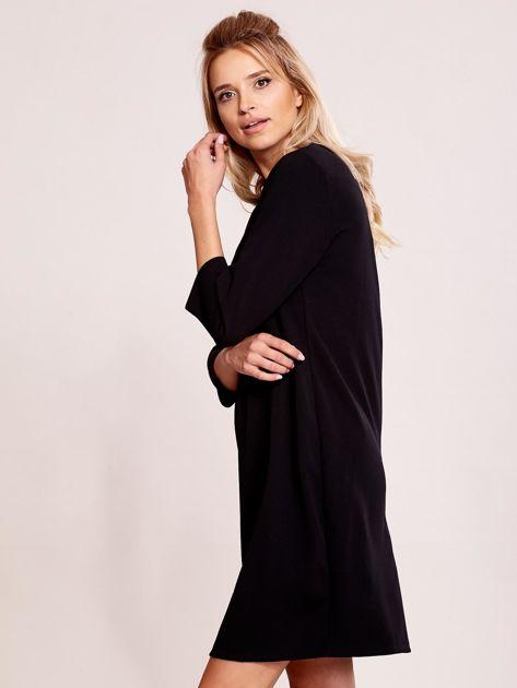 Czarna sukienka z biżuteryjnym dekoltem                               zdj.                              5