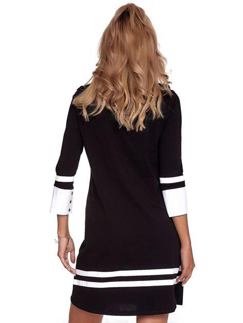 Czarna sukienka z kontrastowymi wstawkami                              zdj.                              2