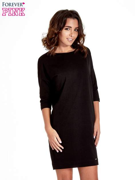 Czarna sukienka z rękawem za łokieć                                  zdj.                                  1