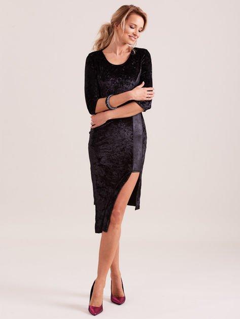 Czarna sukienka z welwetu z rozcięciem                                  zdj.                                  5