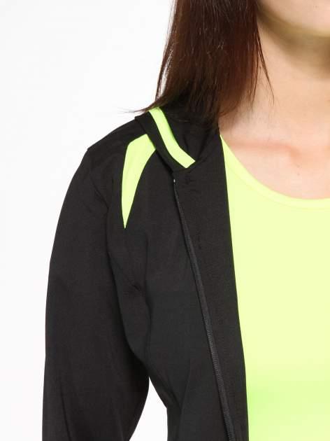 Czarna termoaktywna bluza do biegania z kapturem i fluozielonymi wstawkami ♦ Performance RUN                                  zdj.                                  8