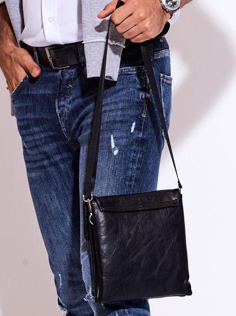 Czarna torba męska z kieszonką na suwak                              zdj.                              8