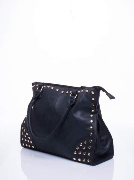Czarna torba shopper bag ze złotymi ćwiekami                                  zdj.                                  2