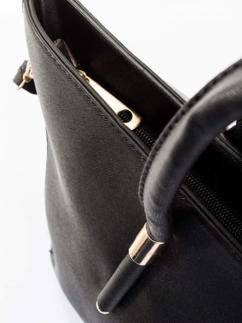 Czarna torba shopper efekt saffiano                                  zdj.                                  9