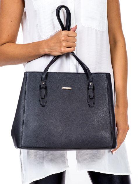 Czarna torba w miejskim stylu                              zdj.                              2