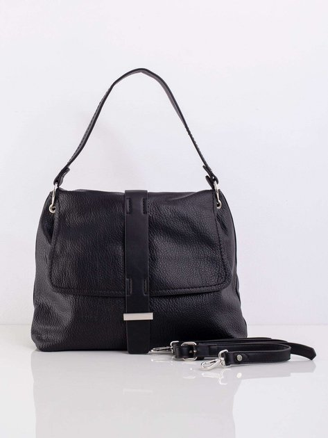 Czarna torba z klapką