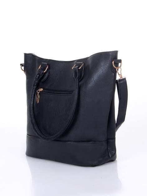 Czarna torba z tłoczonej skóry ze złotymi detalami                                  zdj.                                  6