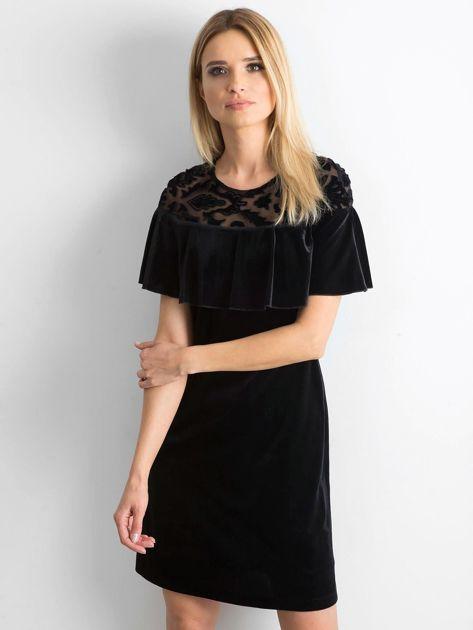 Czarna welurowa sukienka z falbaną                              zdj.                              1
