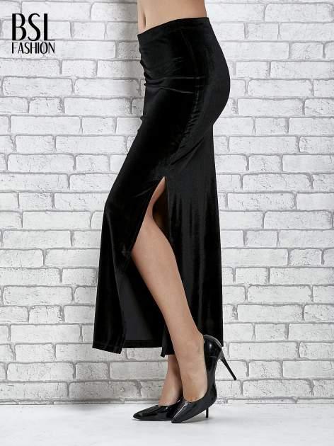 Czarna zamszowa spódnica maxi z rozporkiem                                  zdj.                                  4