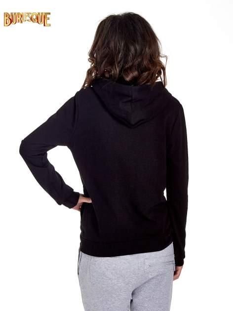 Czarna zasuwana bluza z kapturem z napisem STYLISH & LOVABLE                                  zdj.                                  4