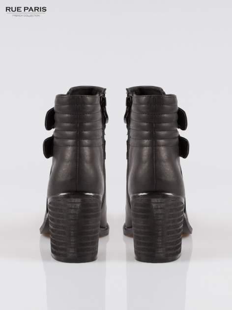 Czarne botki biker boots na słupku ze złotymi klamerkami                                  zdj.                                  3