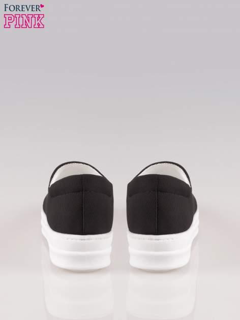 Czarne buty slip on na wysokiej podeszwie                                  zdj.                                  3