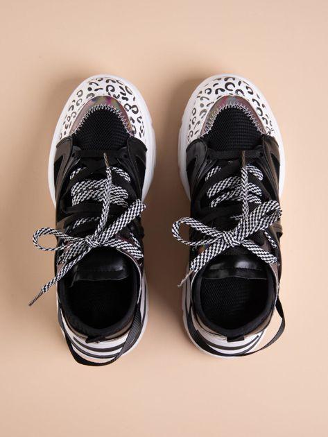 Czarne buty sportowe na platformie z podwójnymi sznurówkami                              zdj.                              2