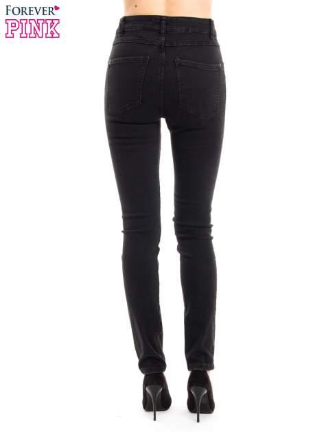 Czarne jeansy rurki z wysokim stanem                                  zdj.                                  4