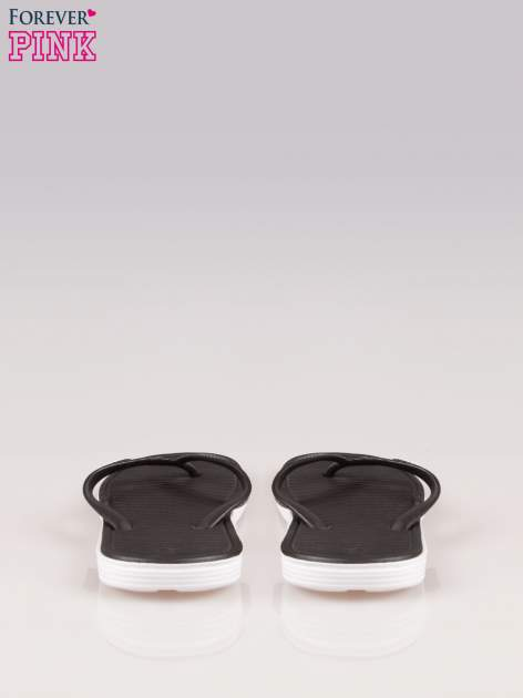 Czarne kąpielowe japonki na kontrastowej podeszwie                                  zdj.                                  3