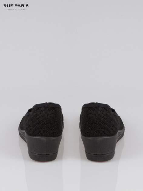 Czarne koronkowe koturny                                  zdj.                                  3