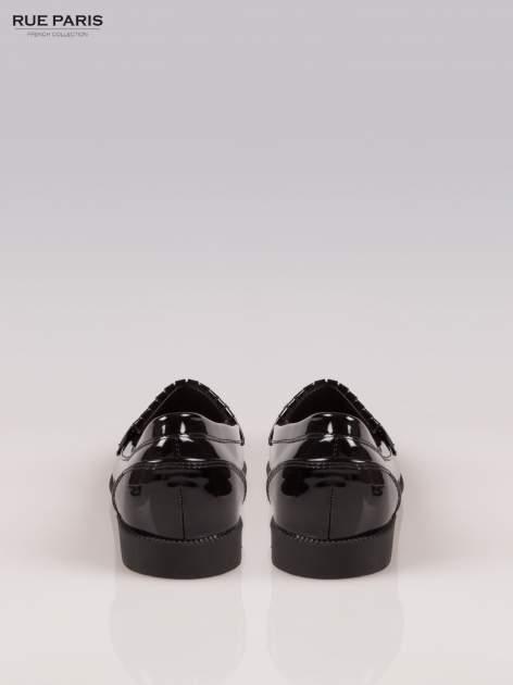 Czarne lakierowane mokasyny z noskiem w szpic                                  zdj.                                  3