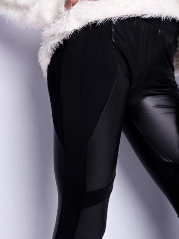 Czarne legginsy modelujące ze skórzanymi panelami                                  zdj.                                  3