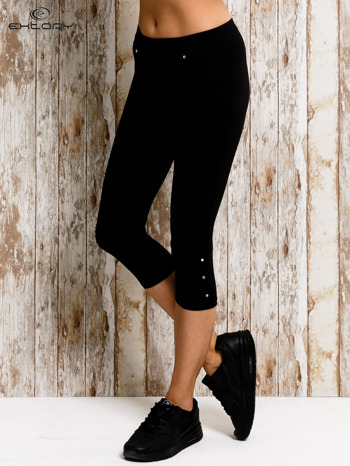 Czarne legginsy sportowe 3/4 z guziczkami                                  zdj.                                  1