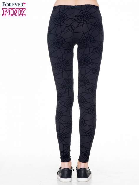 Czarne legginsy z nadrukiem pajęczej sieci                                  zdj.                                  4