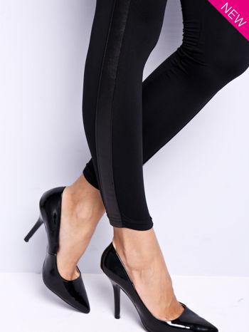 Czarne legginsy ze skórzanymi wstawkami