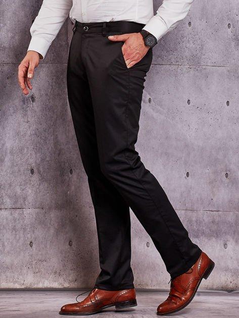 Czarne materiałowe spodnie męskie z kieszeniami                              zdj.                              3