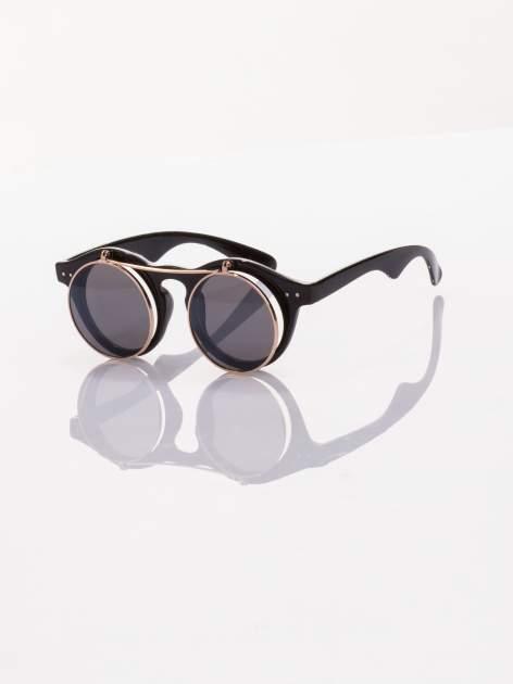Czarne okulary przeciwsłoneczne w stylu vintage retro