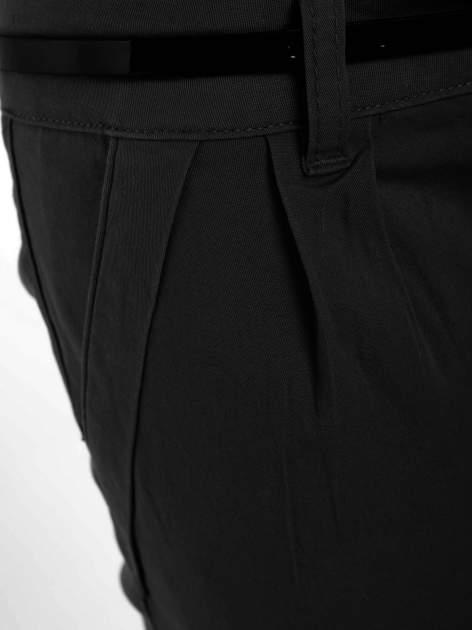 Czarne proste spodnie z paskiem                                  zdj.                                  8