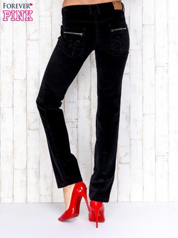 Czarne proste sztruksowe spodnie                                   zdj.                                  2