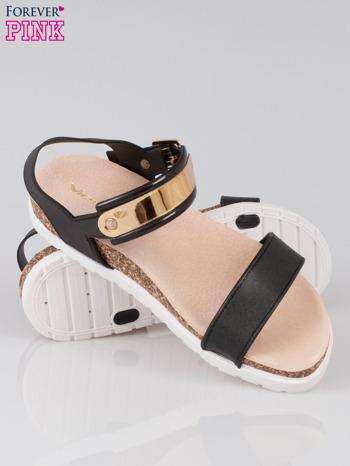 Czarne sandały damskie z blaszką                                  zdj.                                  4