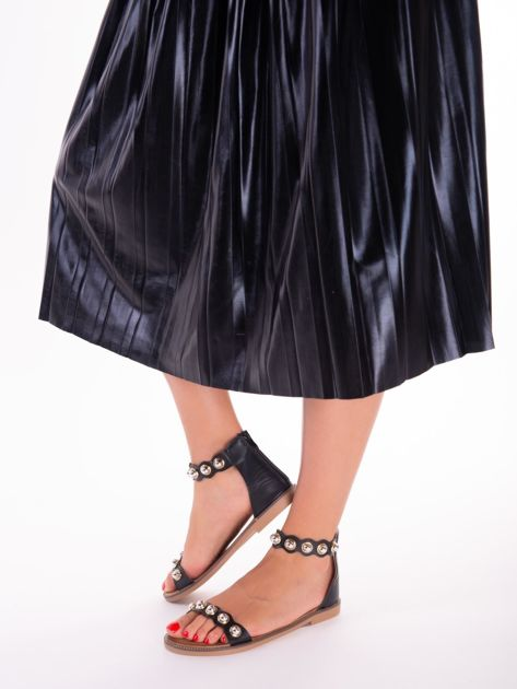 Czarne sandały z zapięciem na suwak z tyłu cholewki                              zdj.                              5